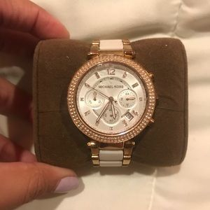 Michael Kors White and Gold Wrist Watch